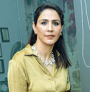 Dr Geeta Garwal